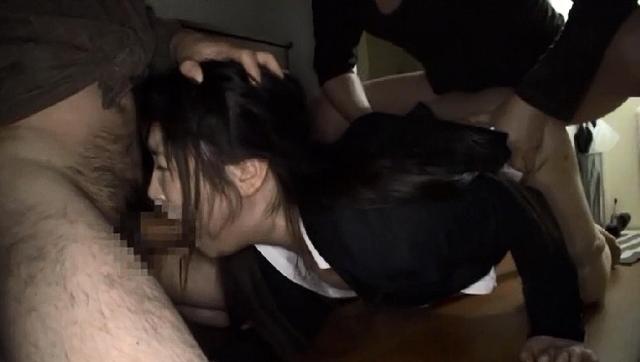 履歴書から自宅をつきとめられ待ち伏せ押し込みレ〇プされた女子就活生のサンプル画像11