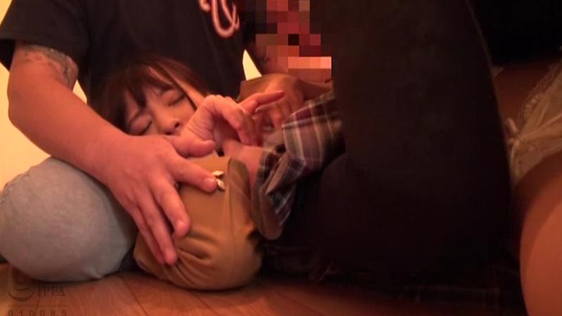 女子●生尾行押し込みレ〇プのサンプル画像1