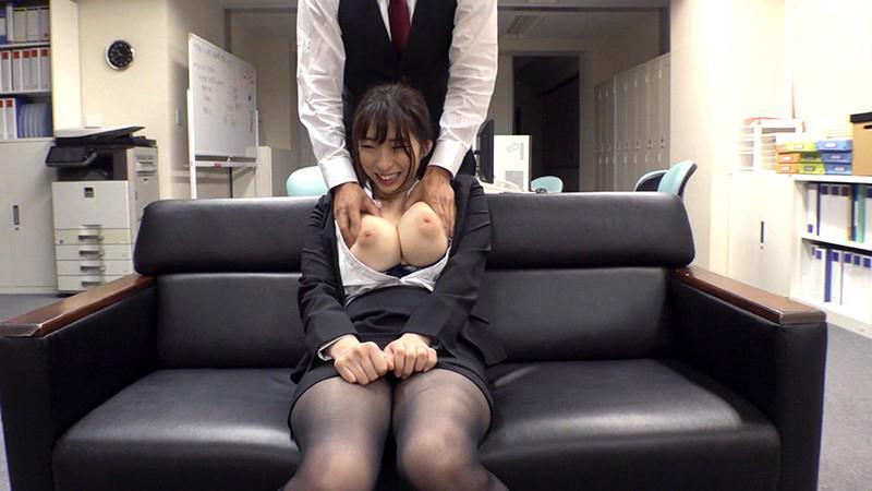 これは残業中の爆乳パツパツスーツ女上司に毎日ぶっかけセクハラした1週間の記録映像です。のサンプル画像7
