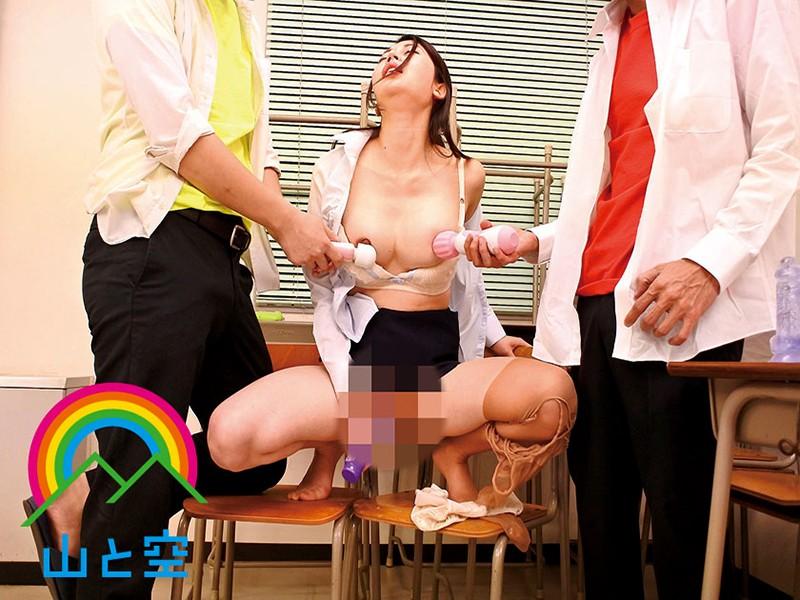 憧れの美術教師はDQN達にヌードデッサンで晒し者にされ羞恥快楽でマゾ崩壊寸前。メス堕ちする姿を正視できず助けてあげたところ… 目黒めぐみのサンプル画像8