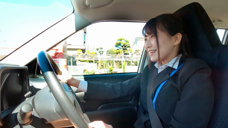 素人街中ナンパAV 営業車で外回り中のデカ尻美人OLさん!仕事をサボって車内でセックスしませんか?運転でムレたOLマ○コに生中出し 合計8発のサンプル画像1