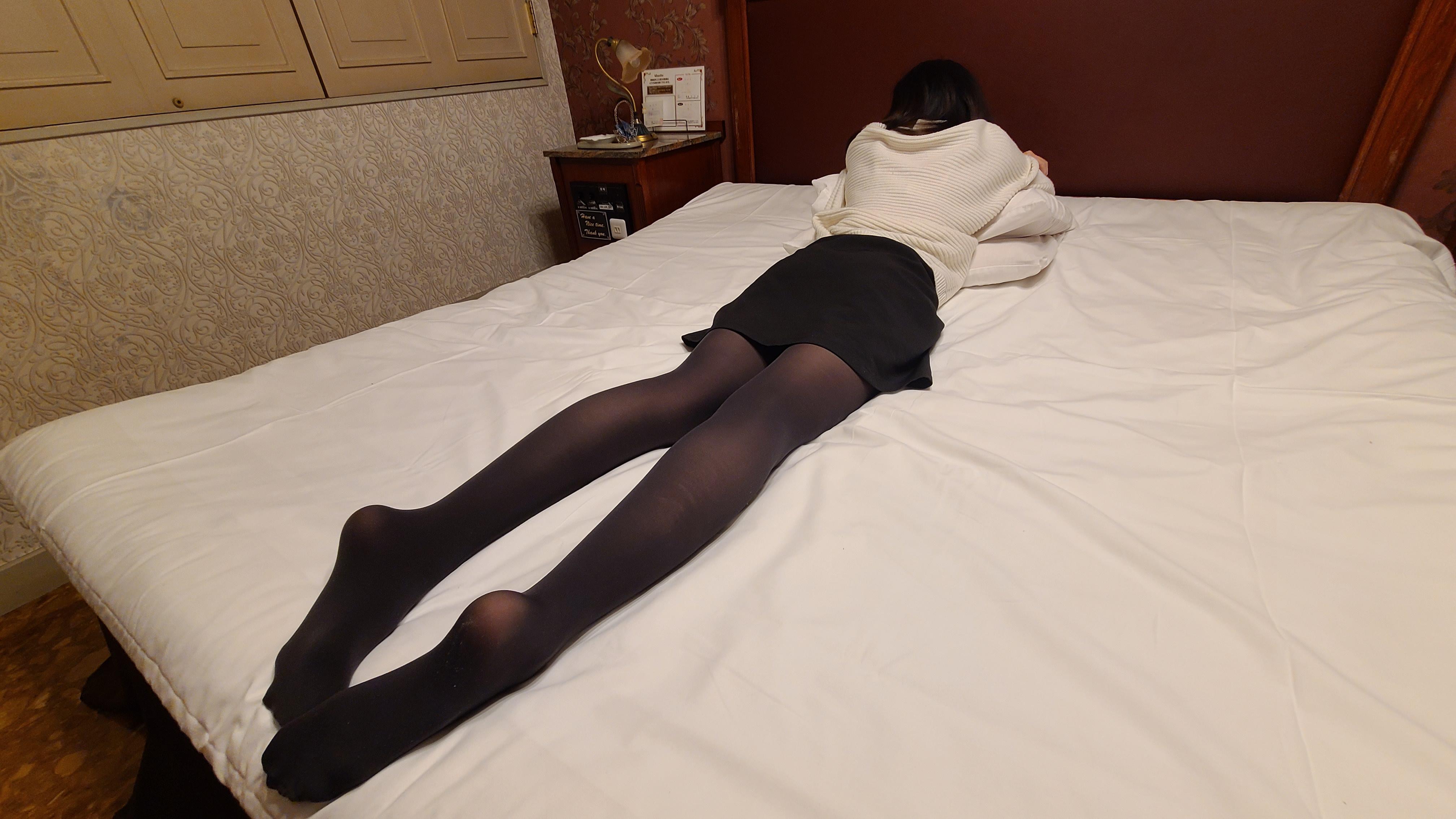 長身美脚★スパンキング動画のサンプル画像2