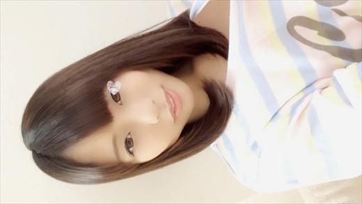 【自画撮りオナニー】個人撮影♥推定19歳♥普段はス●バカフェバイトちゃん♪美少女のひめゴトです♪Hオナ♥のサンプル画像1