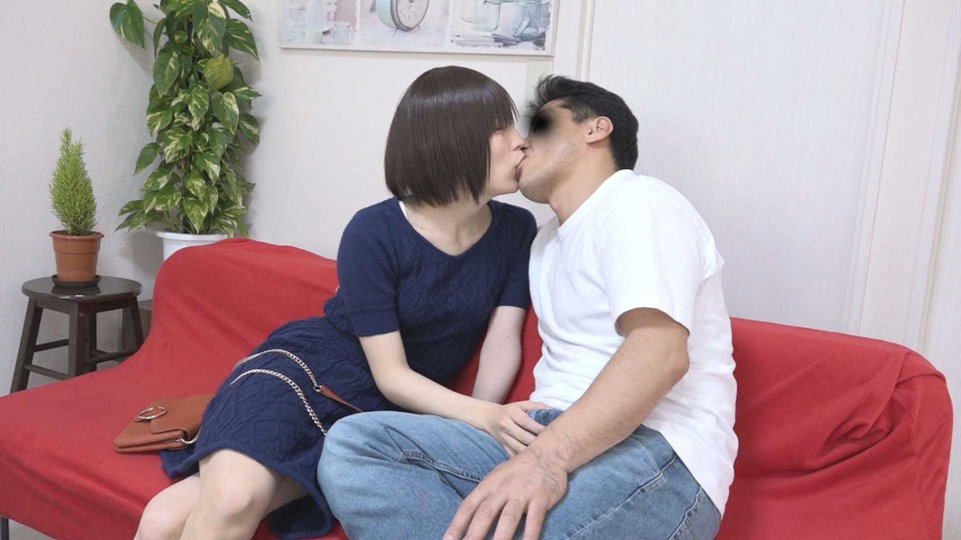都内公衆便所でピンサロ闇営業する美少女の正体はおしゃぶり中毒の激カワ竿アリ玉アリ男の娘でした。RUMI(20)のサンプル画像4